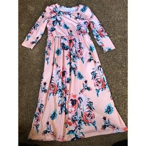 Other - Girls size 12 Maxi Dress